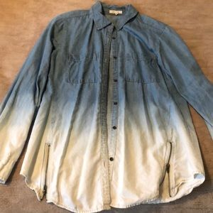 Women's Ombré Button Down Tunic - Size Small
